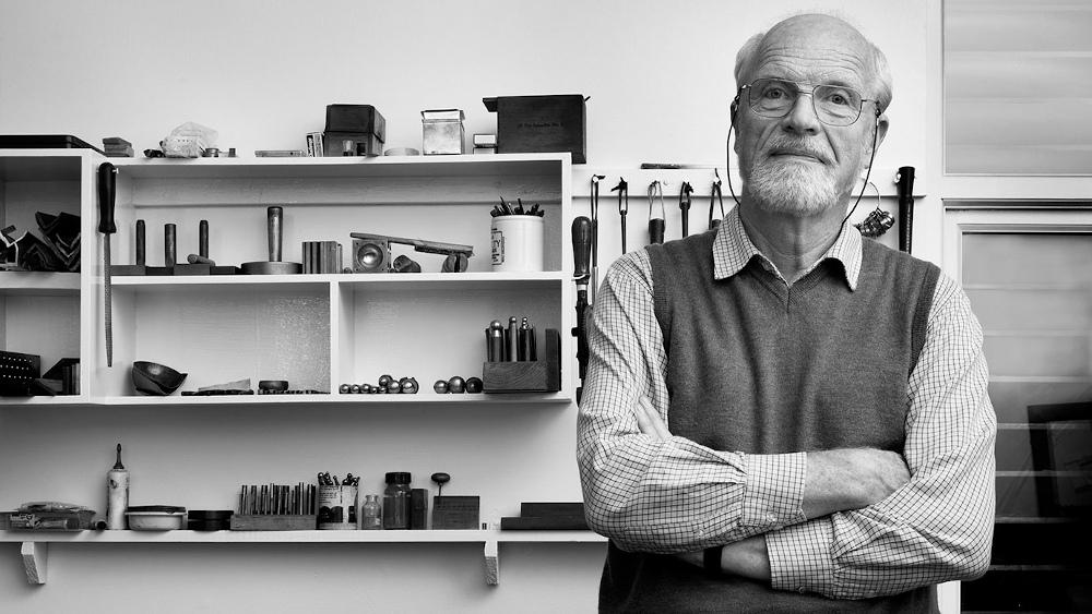 Rudolf Heltzel in Workshop-About Us